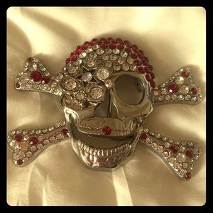 Skull head belt buckle with rhinestones